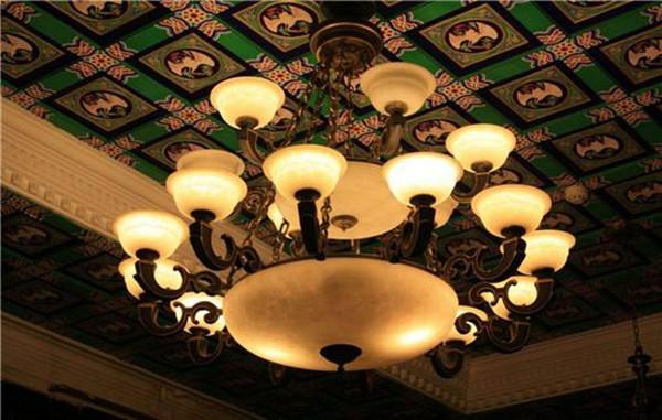 格调生活成立于. 是一家集产品研发、设计、生产、销售于一体的大型灯饰照明国际化企业. C、CQC、CE、中国节能等全面认证. 二、精致节能环保客户用得放心. 柔和自然的光线.